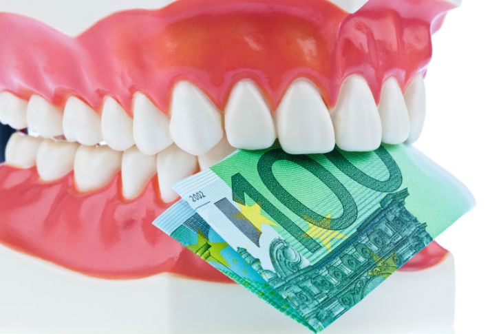 лечение зубов в кредит