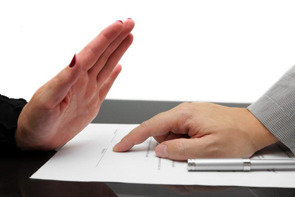 Как отказаться от страховки по кредиту без проблем