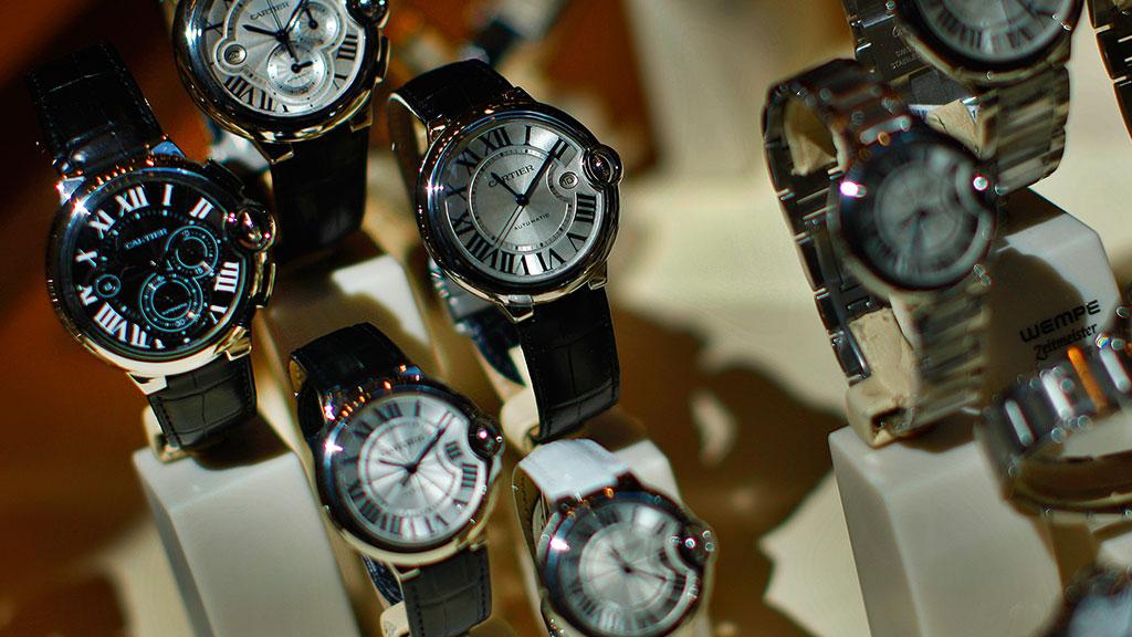 Часы ломбард u день расчет в стоимости часа выходной