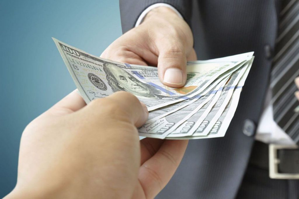 Что означает договор цессии для кредитора и заемщика